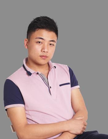首席设计师洪毅