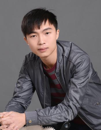 主任设计师张磊