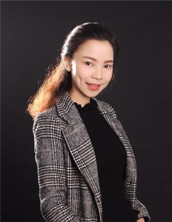 主任设计师杨清