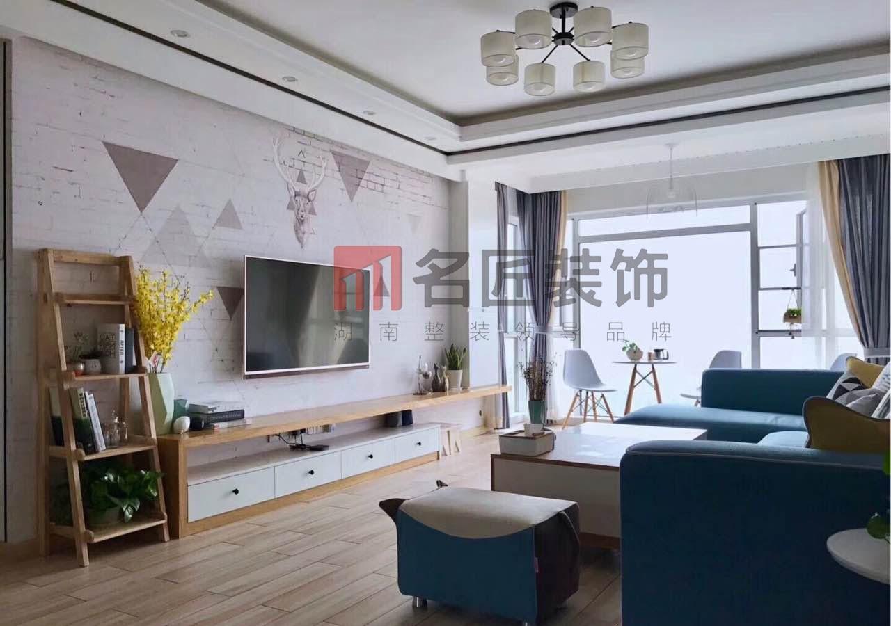 紫荆苑 / 简欧风格 / 133平米装修案例