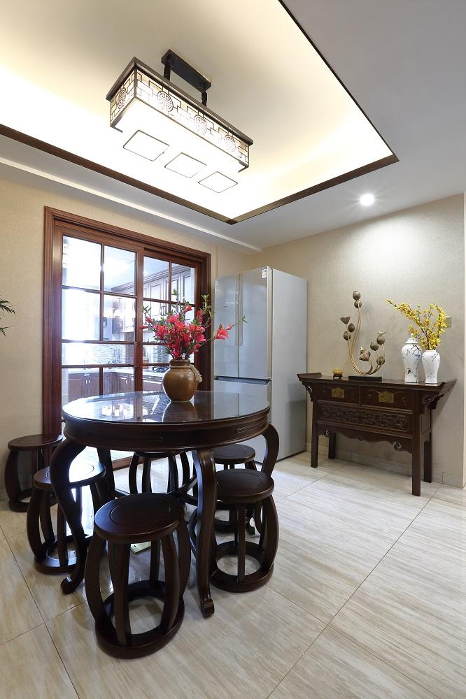 八方小区 / 新中式风格 / 140平米装修案例
