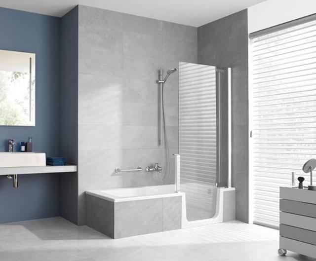 卫生间小不知如何装修?浴缸+淋浴房二合一,这样设计方便又高档