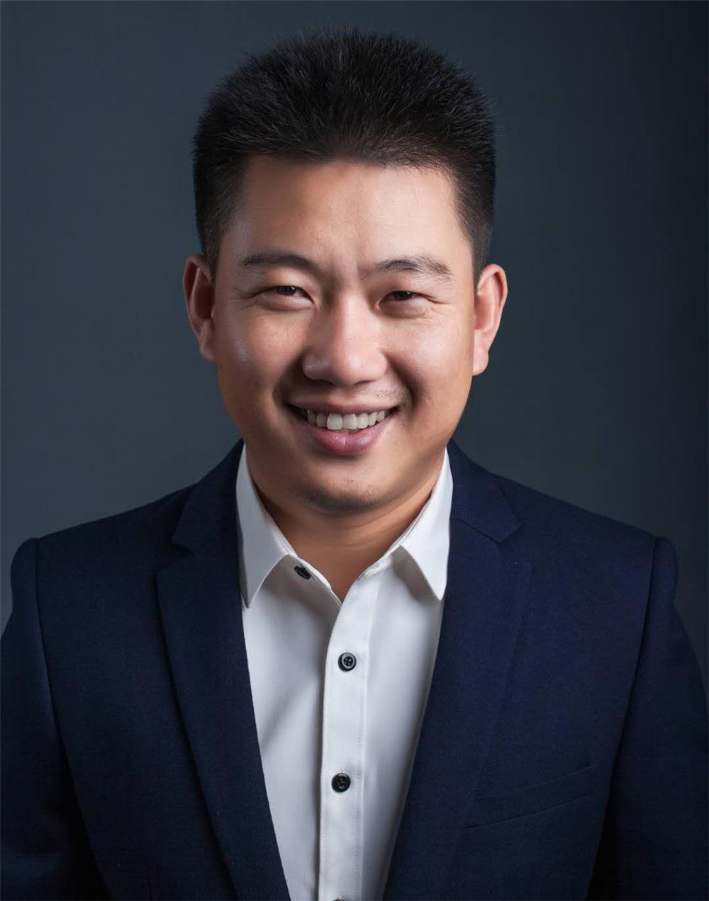 主任设计师石传玉