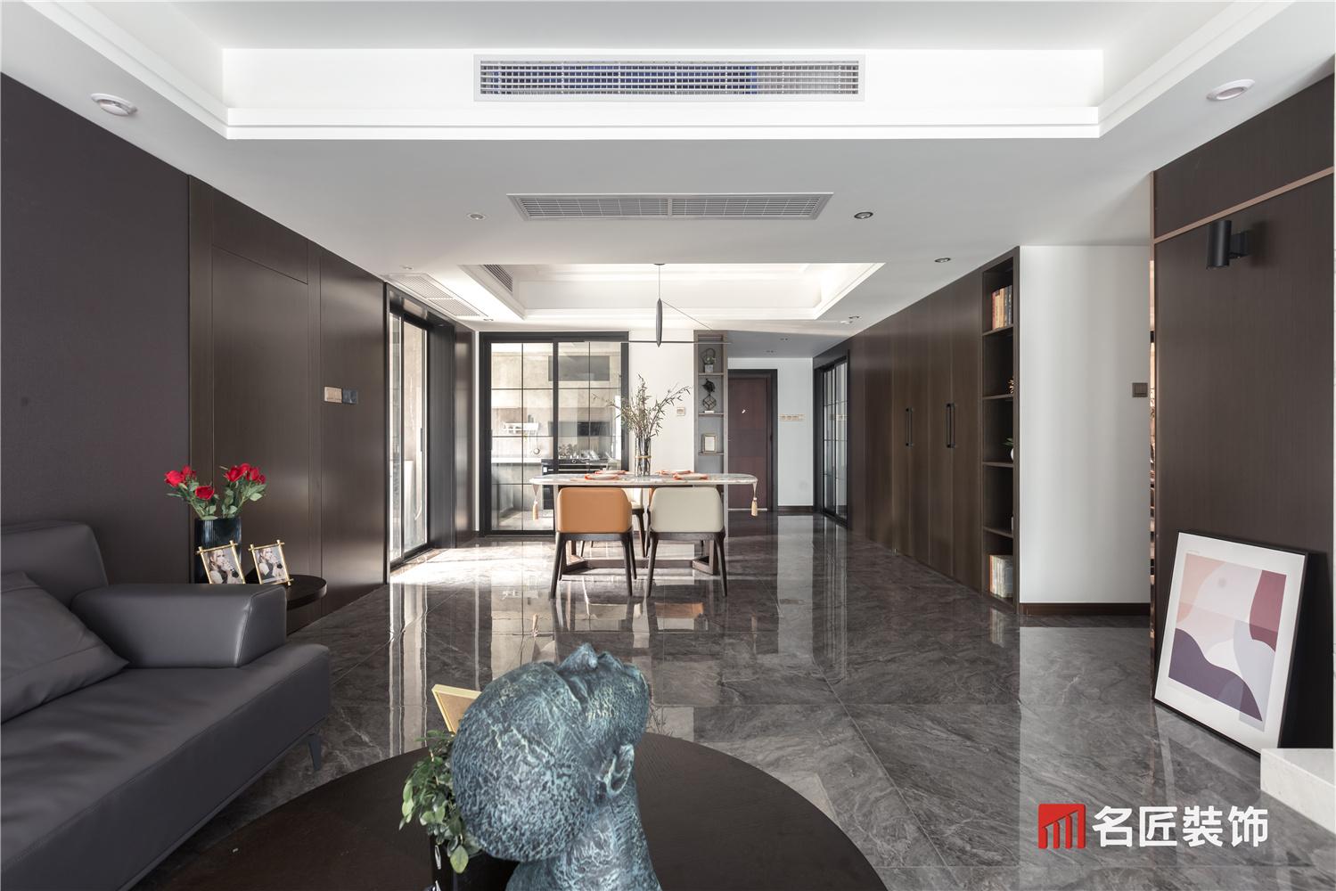 融科东南海 / 现代简约风格 / 168平米