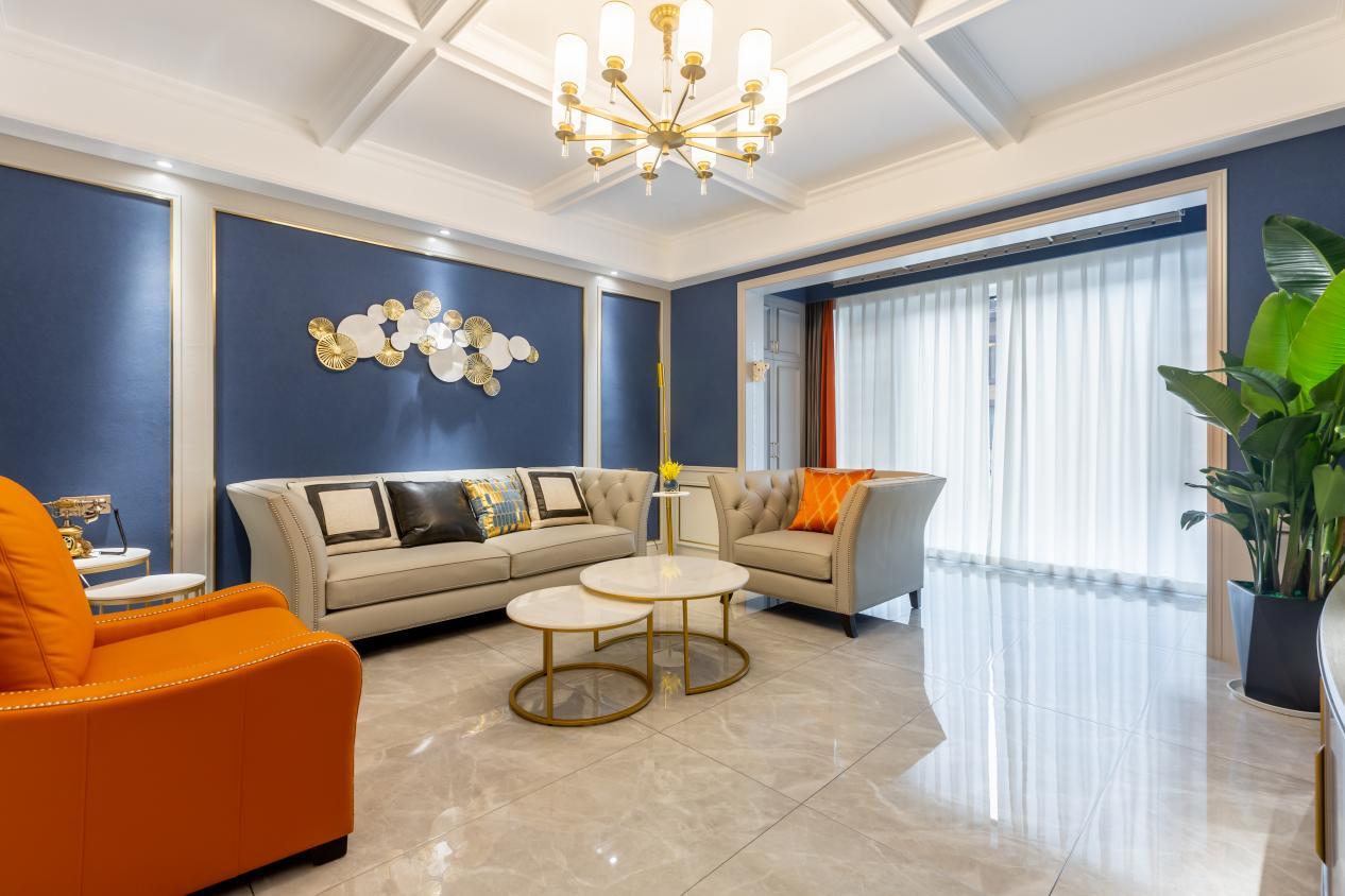 吸顶灯和吊灯哪种更适合客厅?